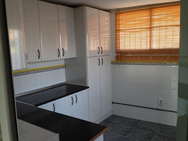 Casa pareada en alquiler en calle Almansa, Torre del mar - 296240249