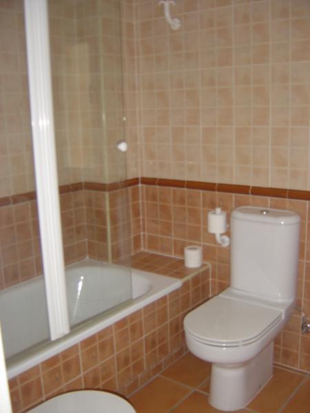 Baño - Apartamento en alquiler en calle Andalucia Lentiscares III, Torrox-Costa en Torrox - 76590221