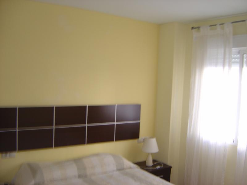 Dormitorio - Apartamento en alquiler en calle Andalucia Lentiscares III, Torrox-Costa en Torrox - 76590275