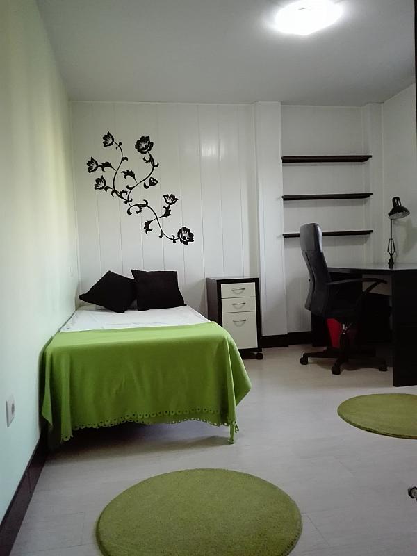 Piso a compartir en calle El Bosque, Villaviciosa de Odón - 244038179