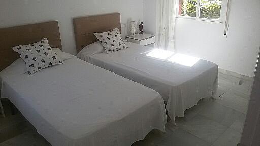 Chalet en alquiler en calle Del Prado, Nueva Andalucía en Marbella - 251556338