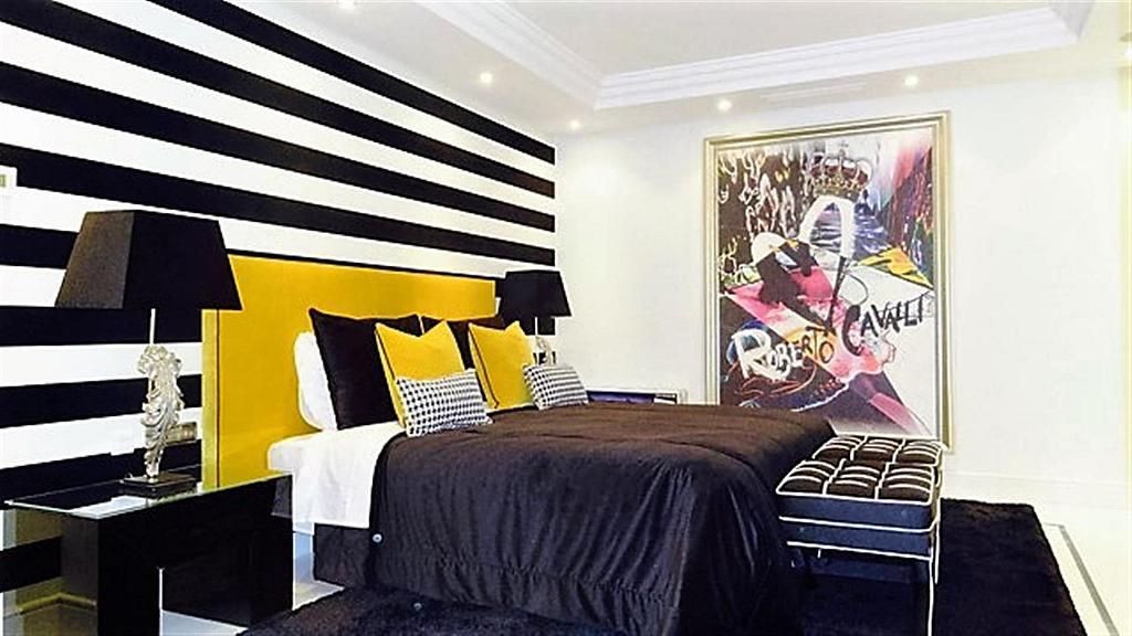 Piso en alquiler en calle Isabel de Farnesio, Milla de Oro en Marbella - 282795949