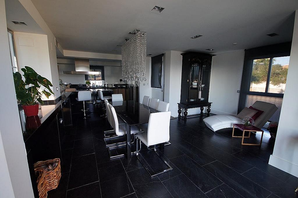 Ático-dúplex en alquiler en calle Santa Ana, Milla de Oro en Marbella - 292417620