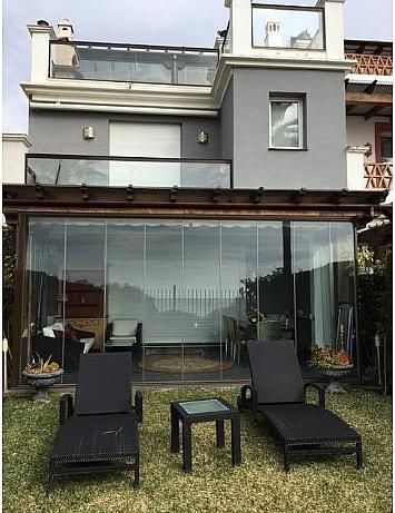 Casa pareada en alquiler en urbanización Los Monteros, Divina Pastora en Marbella - 301365313
