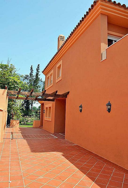 Casa pareada en alquiler en calle Cerquilla de Nagueles, Milla de Oro en Marbella - 311647451