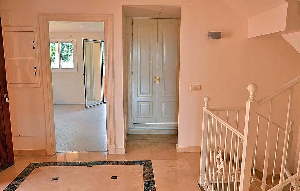 Casa pareada en alquiler en calle Cerquilla de Nagueles, Milla de Oro en Marbella - 311647460