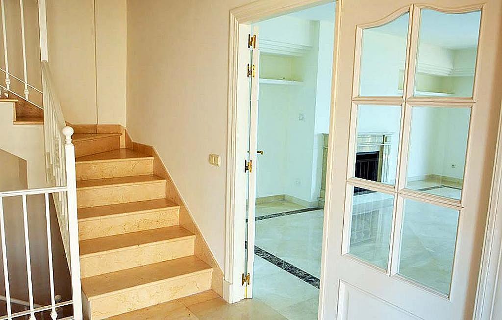 Casa pareada en alquiler en calle Cerquilla de Nagueles, Milla de Oro en Marbella - 311647462