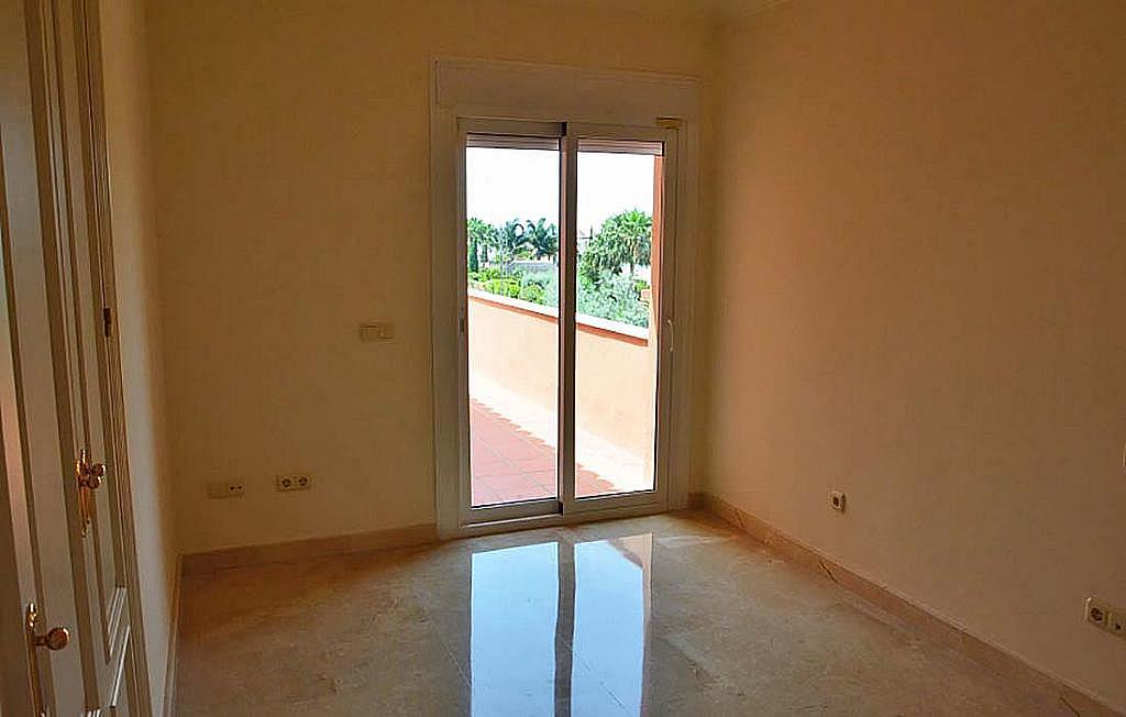 Casa pareada en alquiler en calle Cerquilla de Nagueles, Milla de Oro en Marbella - 311647486