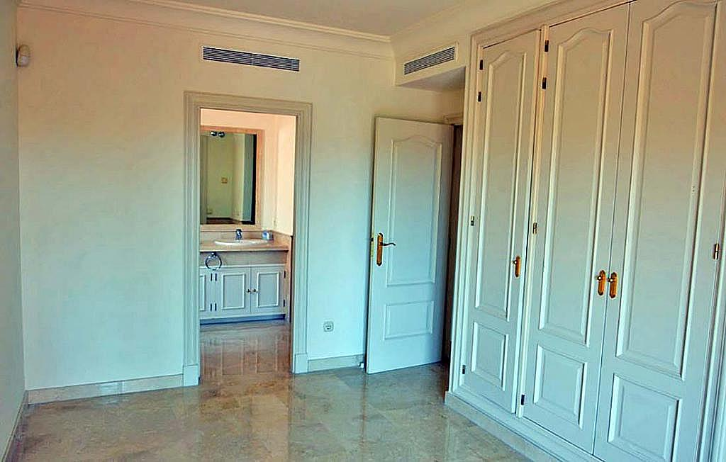 Casa pareada en alquiler en calle Cerquilla de Nagueles, Milla de Oro en Marbella - 311647488
