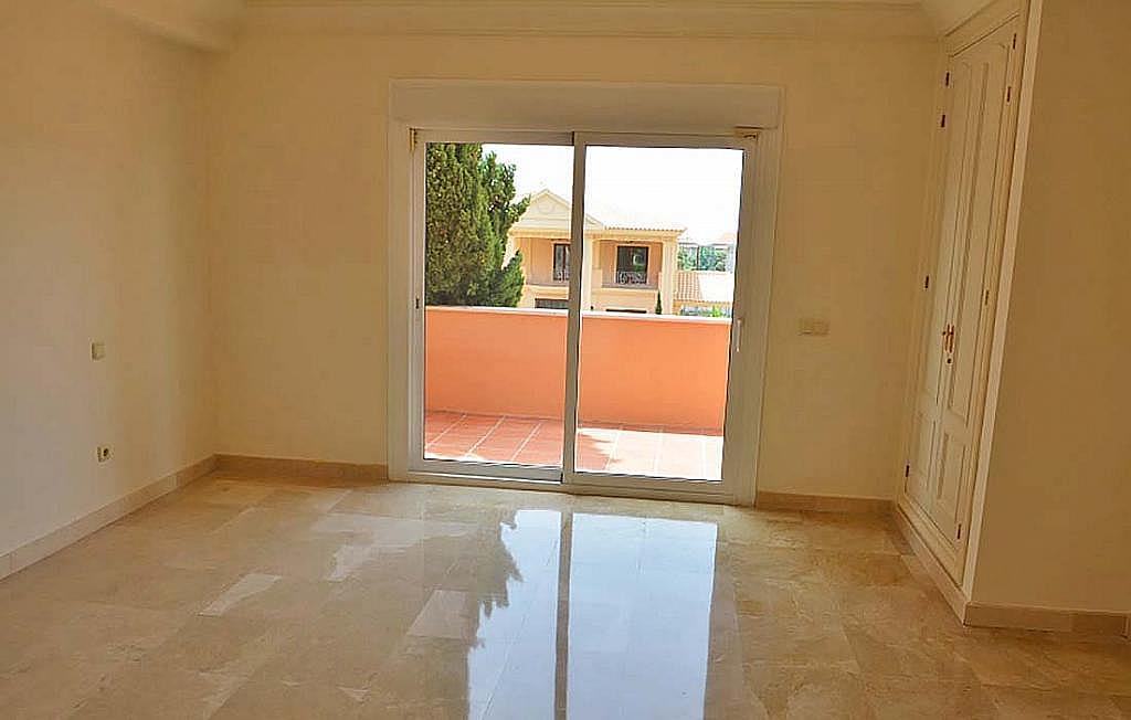 Casa pareada en alquiler en calle Cerquilla de Nagueles, Milla de Oro en Marbella - 311647494