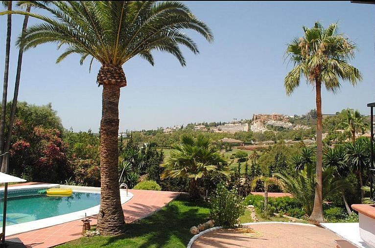 Chalet en alquiler en calle Del Prado, Nueva Andalucía-Centro en Marbella - 316741818