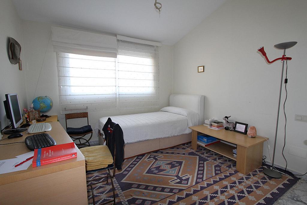 Ático-dúplex en alquiler en calle De Los Andaluces, Guadalmina - 241786193