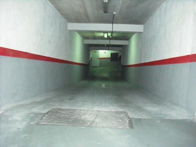 Garaje en alquiler en calle Dinamarca, Centro en Fuenlabrada - 76733020