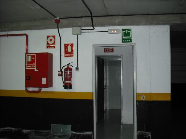 Garaje en alquiler en calle Lima, El Naranjo-La Serna en Fuenlabrada - 90963354