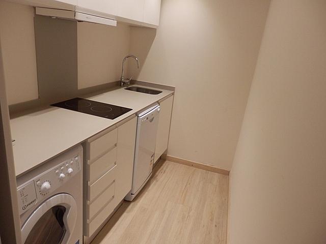 Apartamento en alquiler de temporada en calle Salinas, El Carme en Valencia - 259245987