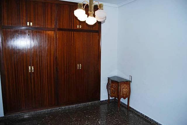 Piso en alquiler en calle Antiguo Reino de Valencia, Russafa en Valencia - 280703357
