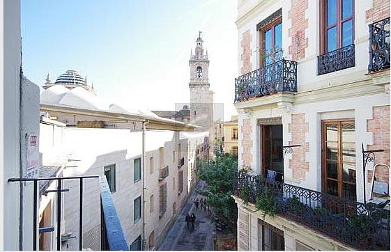 Dúplex en alquiler en calle Museo, El Carme en Valencia - 325259305