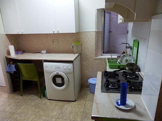 Apartamento en alquiler en calle Cañete, El Carme en Valencia - 349742669