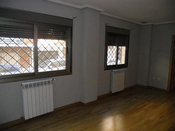 Piso en alquiler en calle San Pascual CV Camino de Noblejas, Nuevo Aranjuez en Aranjuez - 247306966