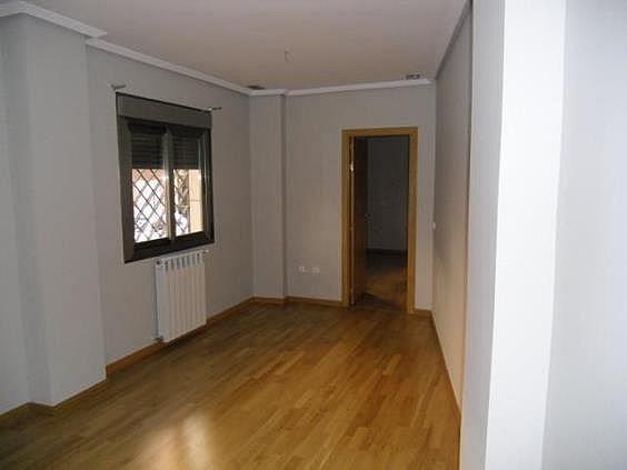 Piso en alquiler en calle San Pascual CV Camino de Noblejas, Nuevo Aranjuez en Aranjuez - 247306969
