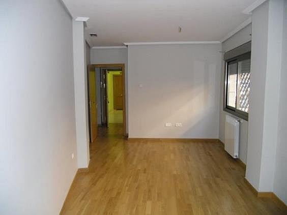 Piso en alquiler en calle San Pascual CV Camino de Noblejas, Nuevo Aranjuez en Aranjuez - 247306972