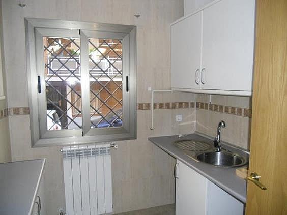 Piso en alquiler en calle San Pascual CV Camino de Noblejas, Nuevo Aranjuez en Aranjuez - 247306978