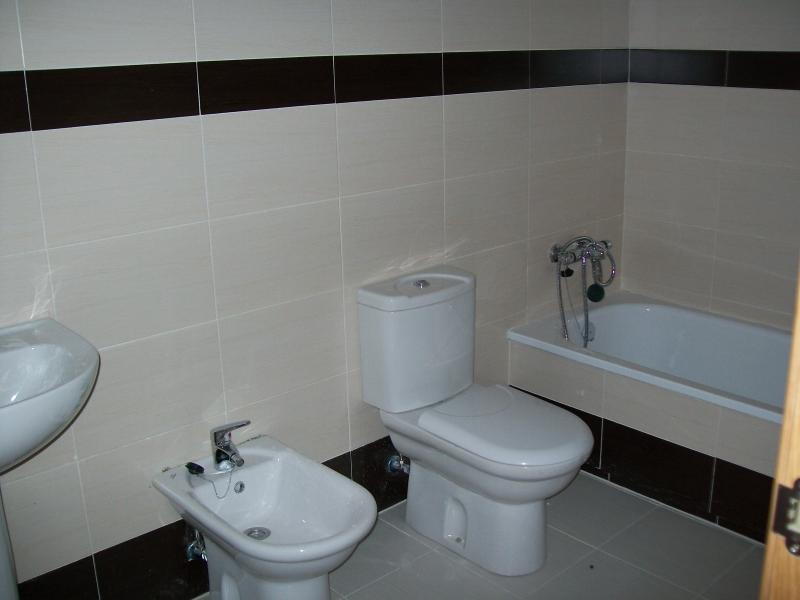 Baño - Piso en alquiler en calle Mayor Alta, Perales de Tajuña - 107232867