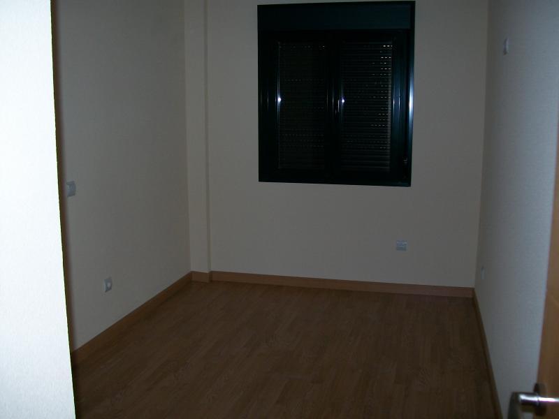Dormitorio - Piso en alquiler en calle Mayor Alta, Perales de Tajuña - 107232989