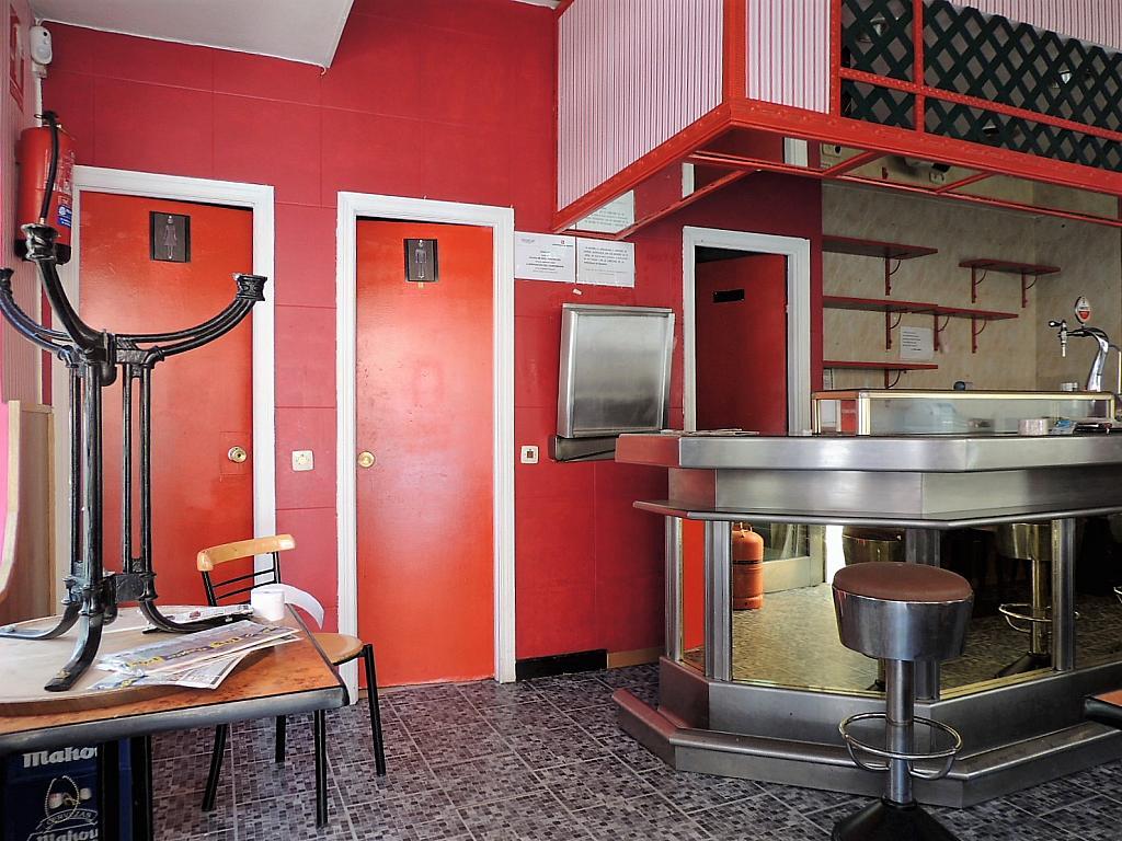 Bar en alquiler en calle Sierra Algodonales, San Diego en Madrid - 297987251