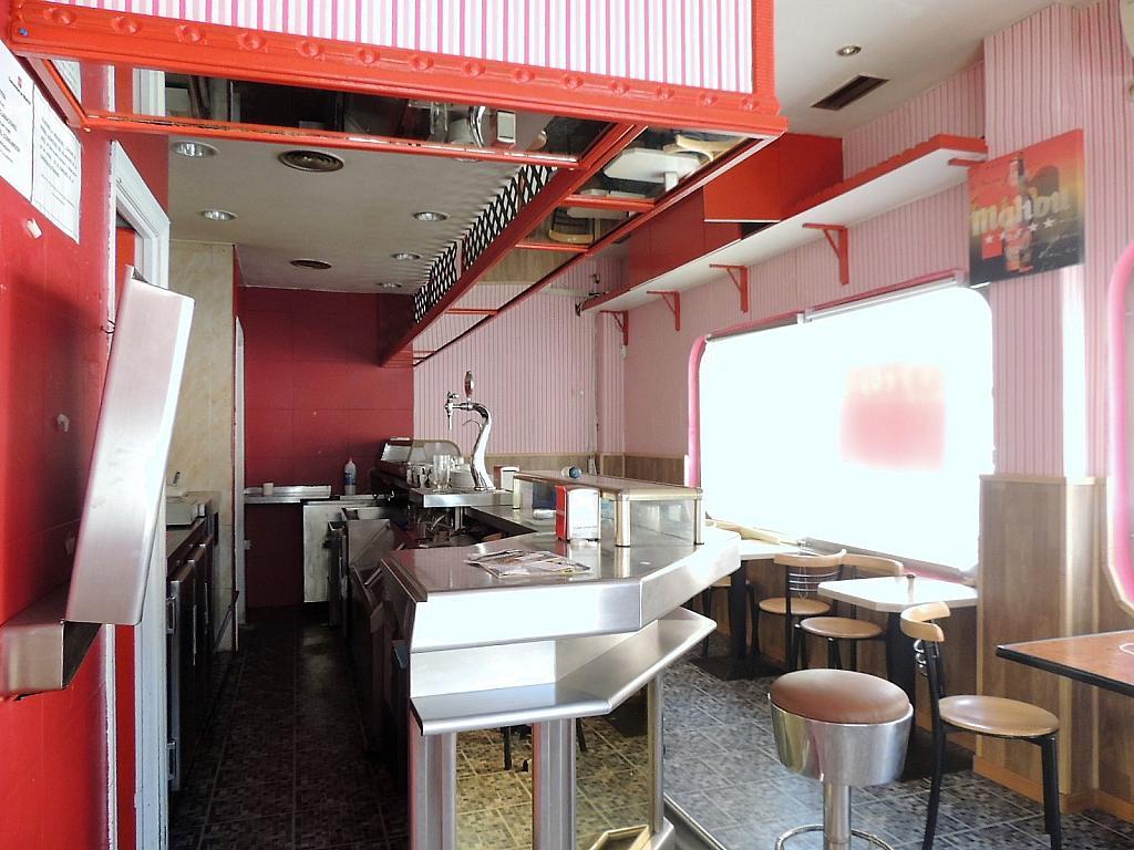 Bar en alquiler en calle Sierra Algodonales, San Diego en Madrid - 297987296