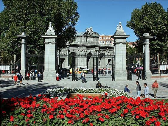 Piso en alquiler en calle Velazquez, Recoletos en Madrid - 280677869
