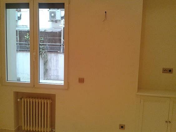 Piso en alquiler en calle Antonio Acuña, Retiro en Madrid - 320597519