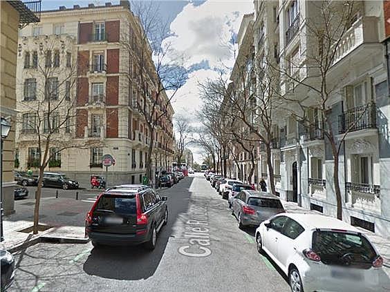 Piso en alquiler en calle Ruiz de Alarcon, Jerónimos en Madrid - 321775895