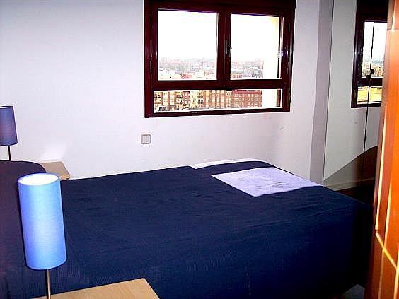 Piso en alquiler en calle Ribera de Curtidores, Embajadores-Lavapiés en Madrid - 325650490