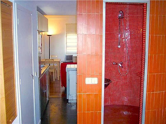 Piso en alquiler en calle Ribera de Curtidores, Embajadores-Lavapiés en Madrid - 325650499
