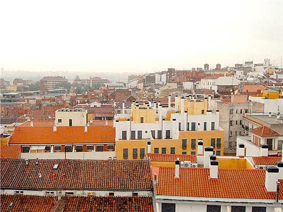 Piso en alquiler en calle Ribera de Curtidores, Embajadores-Lavapiés en Madrid - 325650517