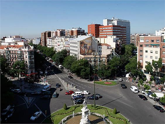 Piso en alquiler en paseo San Francisco de Sales, Vallehermoso en Madrid - 328408093