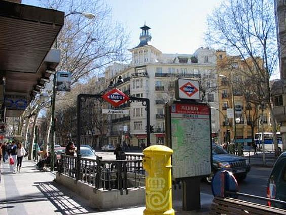 Piso en alquiler en paseo San Francisco de Sales, Vallehermoso en Madrid - 328408120