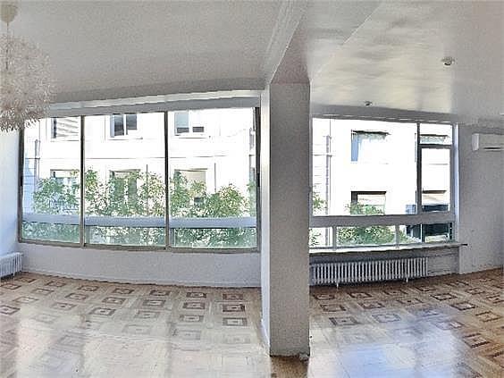Piso en alquiler en calle Fernando El Santo, Almagro en Madrid - 330973715