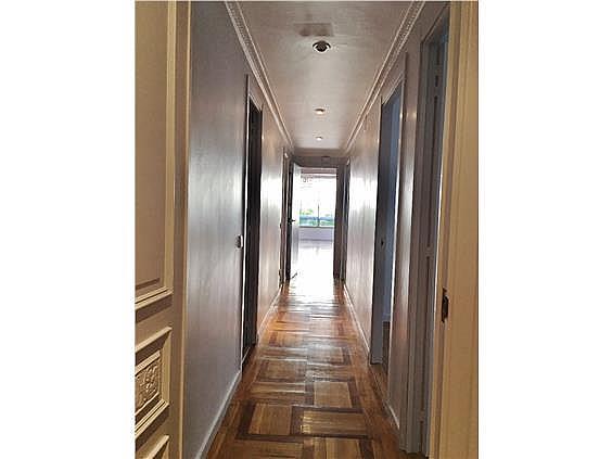 Piso en alquiler en calle Fernando El Santo, Almagro en Madrid - 330973802