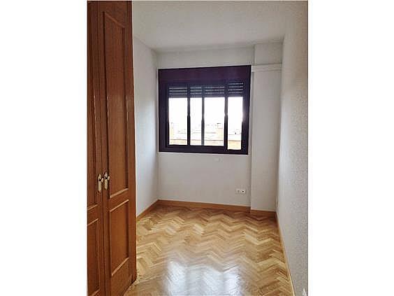 Piso en alquiler en calle Palo de Rosa, Acacias en Madrid - 331569732