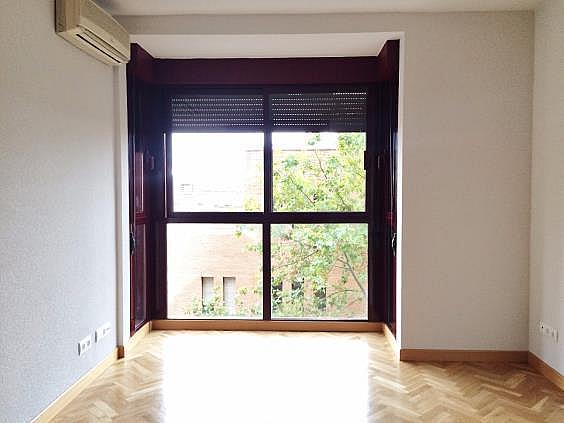 Piso en alquiler en calle Palo de Rosa, Acacias en Madrid - 331569759