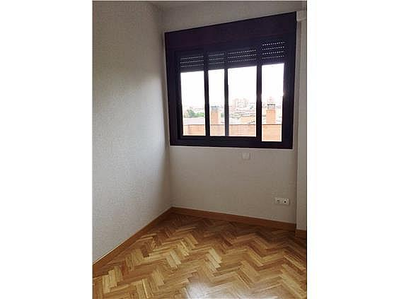 Piso en alquiler en calle Palo de Rosa, Acacias en Madrid - 331569909