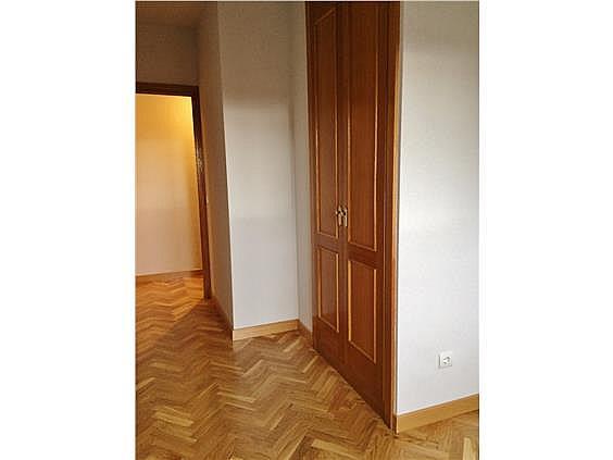 Piso en alquiler en calle Palo de Rosa, Acacias en Madrid - 331569924