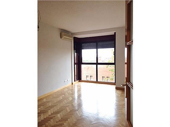 Piso en alquiler en calle Palo de Rosa, Acacias en Madrid - 331569930