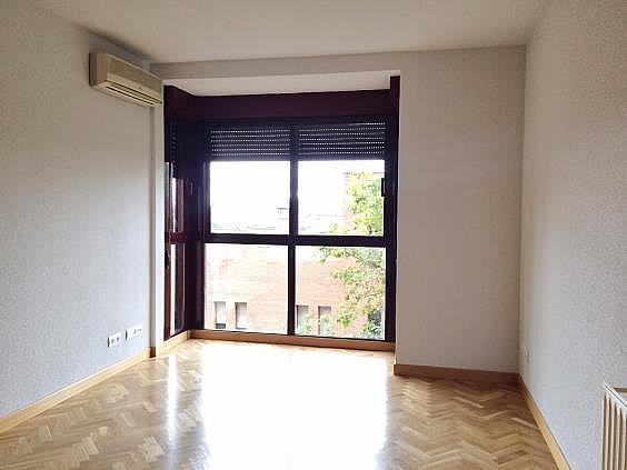Piso en alquiler en calle Palo de Rosa, Acacias en Madrid - 331569933