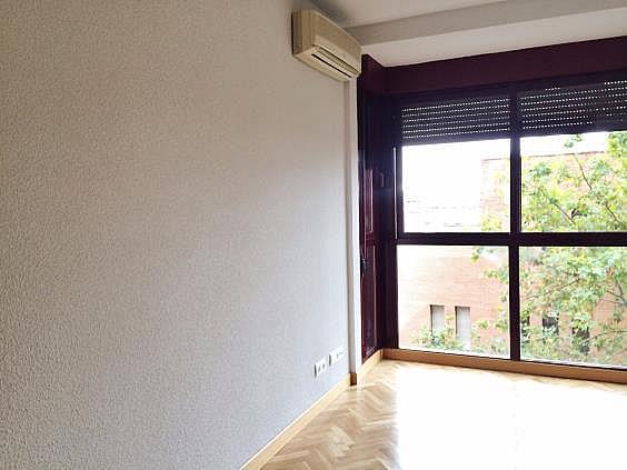 Piso en alquiler en calle Palo de Rosa, Acacias en Madrid - 331569936