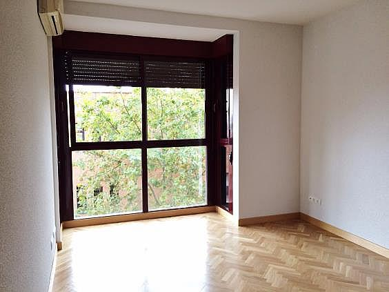 Piso en alquiler en calle Palo de Rosa, Acacias en Madrid - 331569939