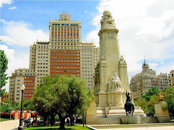 Ático en alquiler en calle Evaristo San Miguel, Moncloa en Madrid - 347155381