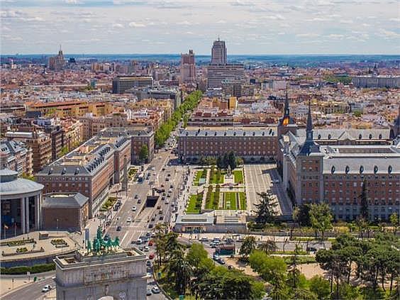Ático en alquiler en calle Evaristo San Miguel, Moncloa en Madrid - 347155384